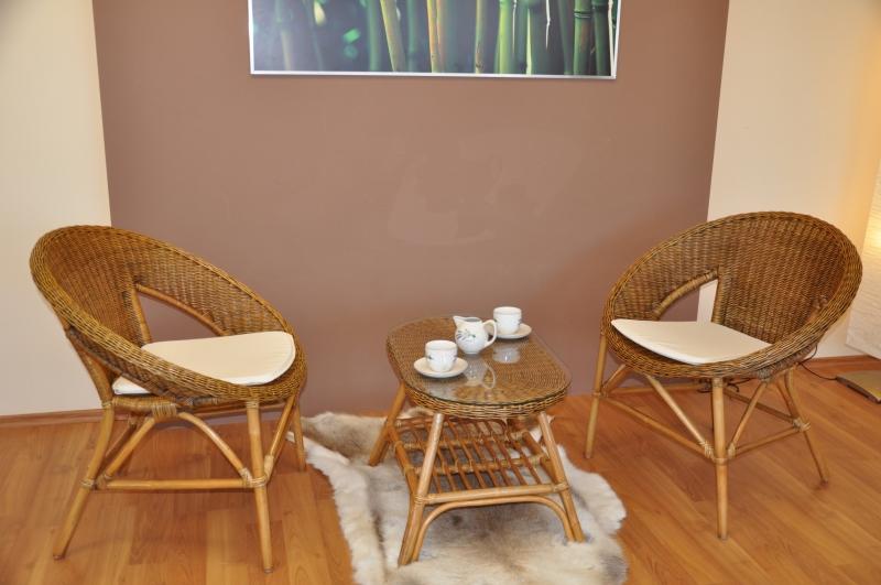 Ratanová sedací souprava Tura brown wash oválný stolek