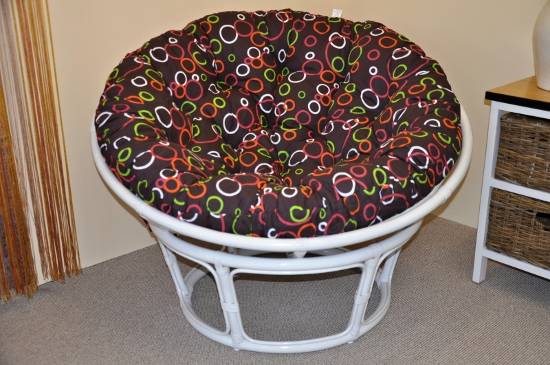 Ratanový papasan 110 cm bílý, polstr barevné bubliny