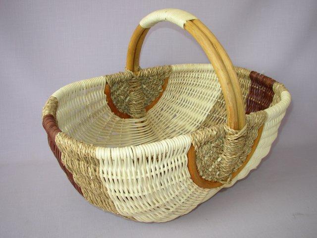 Ratanový košík nákupní