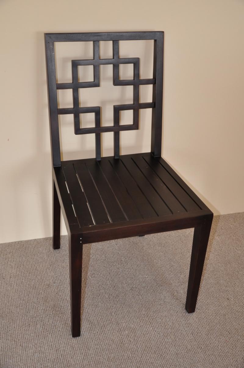Židle Atlantis -vzhledové vady
