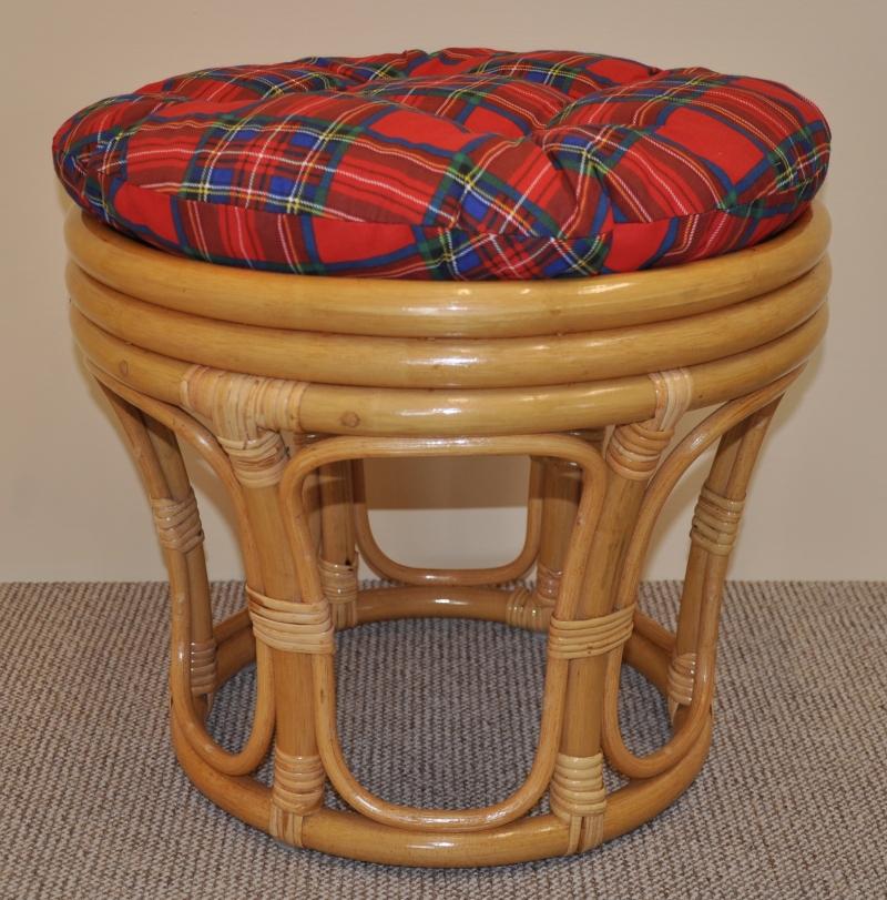 Ratanová taburetka velká medová polstr červený
