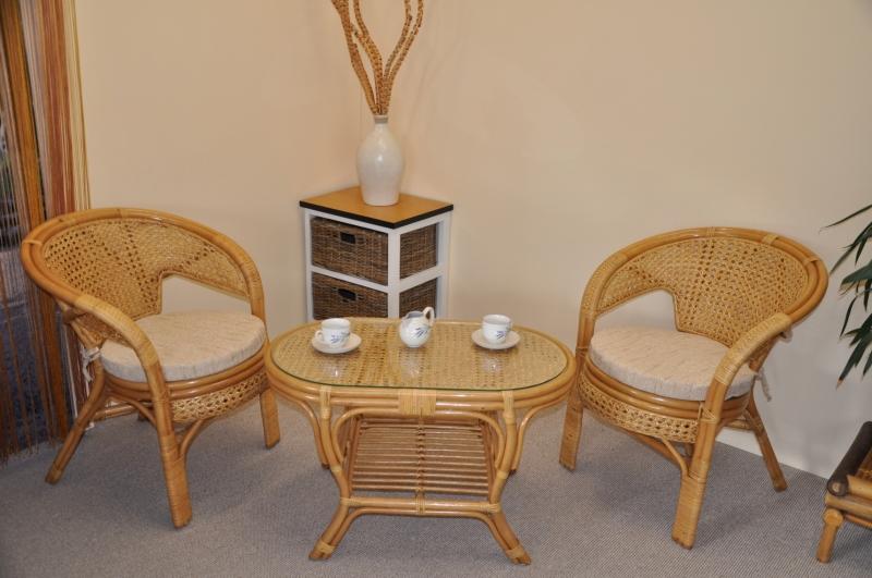 Ratanová sedací souprava Guo malá medová stolek ovál, polstry Ebony