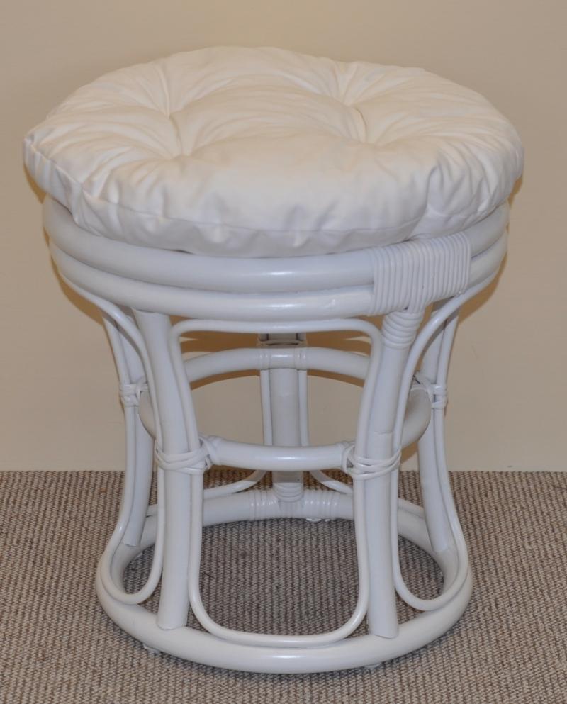Ratanová taburetka úzká bílá polstr bílý