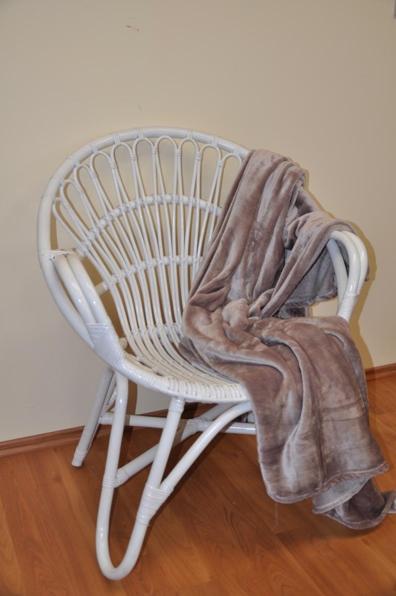 Ratanové křeslo Lentera bílé plus deka